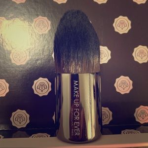 MUFE 110 Kabuki Straight Brush Foundation Powder